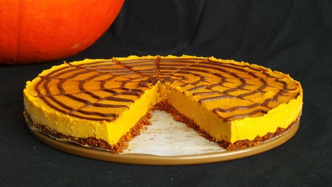 Pumpkin Halloween Cheesecake