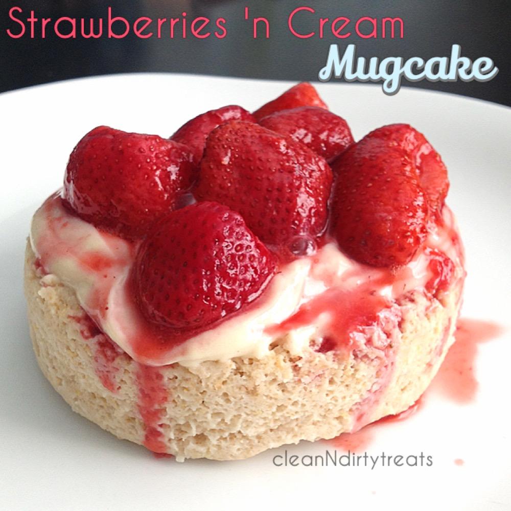 Strawberries 'n Cream Mugcake